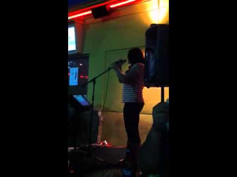 Megan karaoke