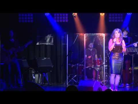 UA2014 Caren Hession - I'm Kissing You (Cover)