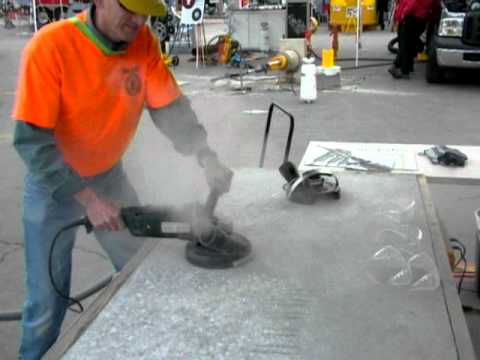 Metabo 7 in. Grinder Demonstration - World of Concrete