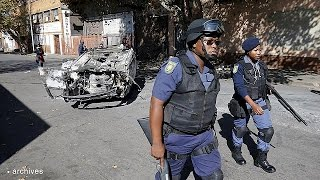 Soldiers brought in to help South African police deal with anti-immigrant attacks