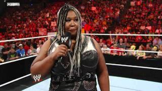 Raw: Kharma reveals her pregnancy