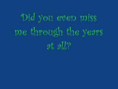 Kellie Pickler-I Wonder. *Lyrics!*