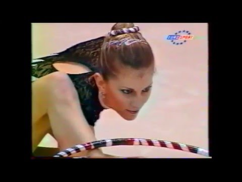 Eva SERRANO (FRA) hoop - 2000 Europeans Zaragoza EF