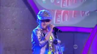 Banda CR1 invade palco do Raul Gil 23/04/2016
