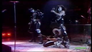 KISS - Black Diamond [ Cobo 1/26/76 ]