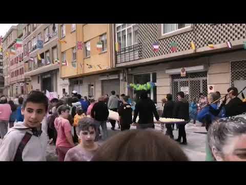 Fariña, ovos e merengues na rúa Lameira de Marín