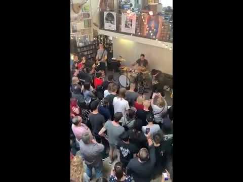 Trudi Daniels - T-Rex Rocks Record Store Day: Fans Go Berserk!
