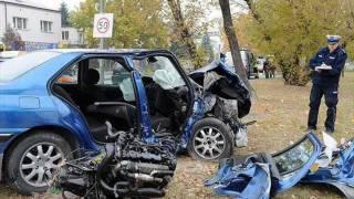Tragiczne wypadki samochodowe, drogowe, śmiertelne, drastyczne (kompilacja)