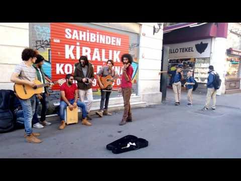 Arabic Syrian musician at Istanbul (taksim) wonderfull !