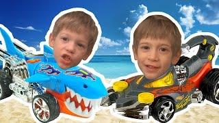 Hot Wheels Cápakocsi a Skorpiókocsi ellen - Játékbemutató
