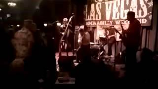 The Octanes tearing the joint apart at Viva Las Vegas 2016(2)