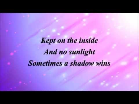 Brave - Sara Bareilles *Lyrics*