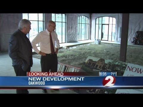 New retail center opens in Oakwood