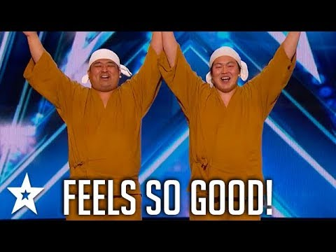 Yumbo Dump Make Noises With Their Bodies! | America's Got Talent | Got Talent Global