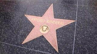 Hollywood Walk of Fame Голливудская аллея славы Лос Анджелес(Аллея славы (Hollywood Walk Of Fame) – одна из самых известных достопримечательностей Лос Анджелеса, привлекающая..., 2016-01-07T17:57:25.000Z)