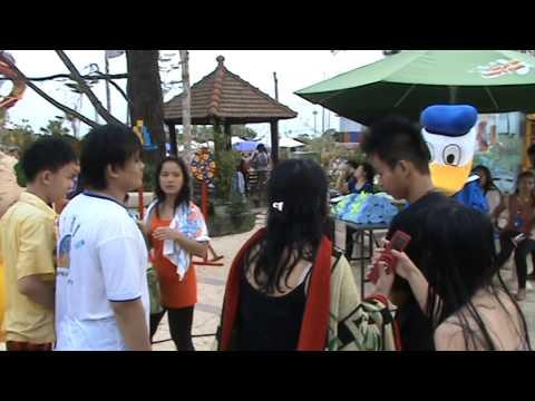 donald-duck-di-wonders-water-world-@-cbd-polonia-medan,-indonesia