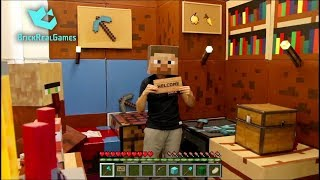 MINECRAFT REAL LIFE Crafting Biggest Sign - IRL Animation