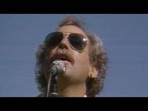 1984 NLCS Gm1: Buffett Performs National Anthem