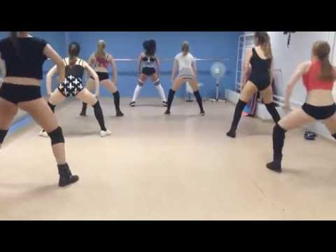 Twerk / booty dance by Keat Mel, Polina and gir\