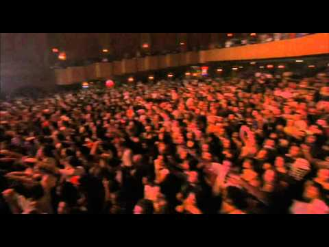Lupe Fiasco - Daydreamin (Live in Chicago) HD