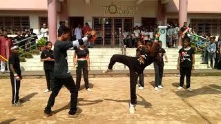 15th August pe S.p.s school girls & boy's Ne Dikhaye Martial arts! ka Jalwa!!