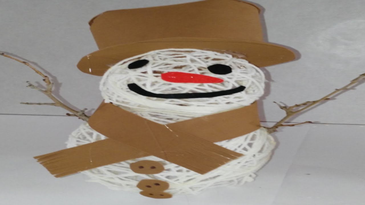 Como hacer mu eco de nieve con lana y goma eva o foami - Manualidades en lana ...