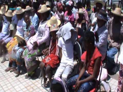 ATD Quart monde: 90% Malagasy mahantra avokoa.