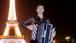 ПОД НЕБОМ ПАРИЖА французский вальс Жиро (Sous le Ciel de Paris french music - accordion)(Одна из самых романтических песен французского композитора Жиро - Под небом Парижа (инструментальная верси..., 2014-04-16T13:07:01.000Z)
