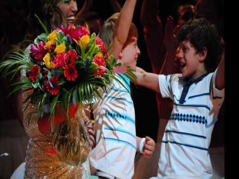 Tribute to Tom Holland on 29th May 2010, in his last performance of Billy Elliot