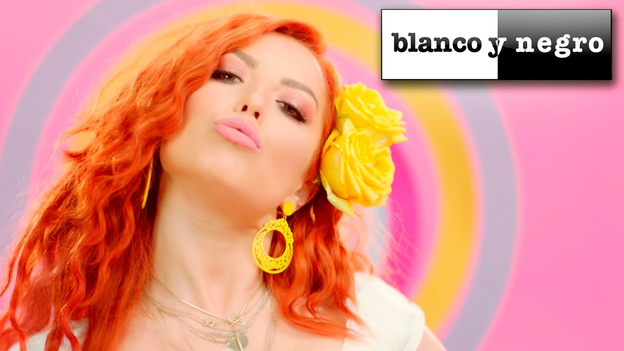 Elena Feat Danny Mazo Se 241 Or Loco Official Video Youtube