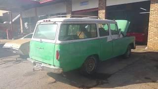 1959 Travelall B100
