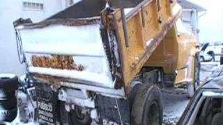 Spring 2010 cold start 1981 GMC 427 Dumptruck