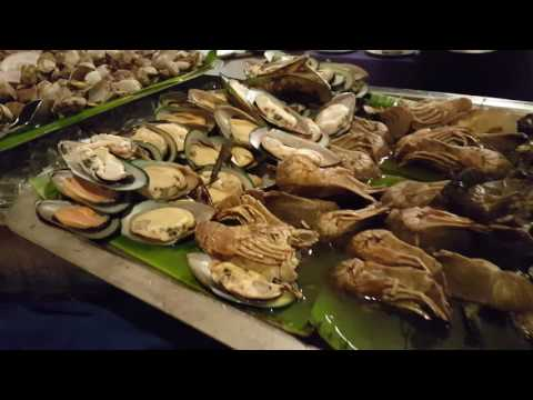 Seafood buffet dinner at rest house cafè