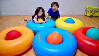Wrong Color Playground Ball In Ring and Learn Colors for Children