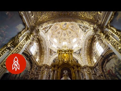 Golden Chapel, Gilded Achievement: Welcome to the Capilla del Rosario