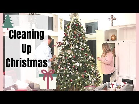 TAKING DOWN CHRISTMAS TREE MOTIVATION | CLEAN WITH ME 2019
