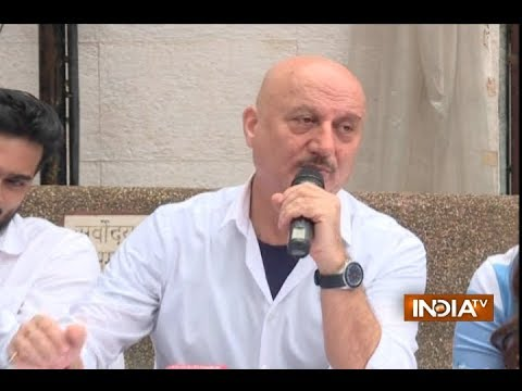 Anupam Kher launches the first look of Ranchi Diaries