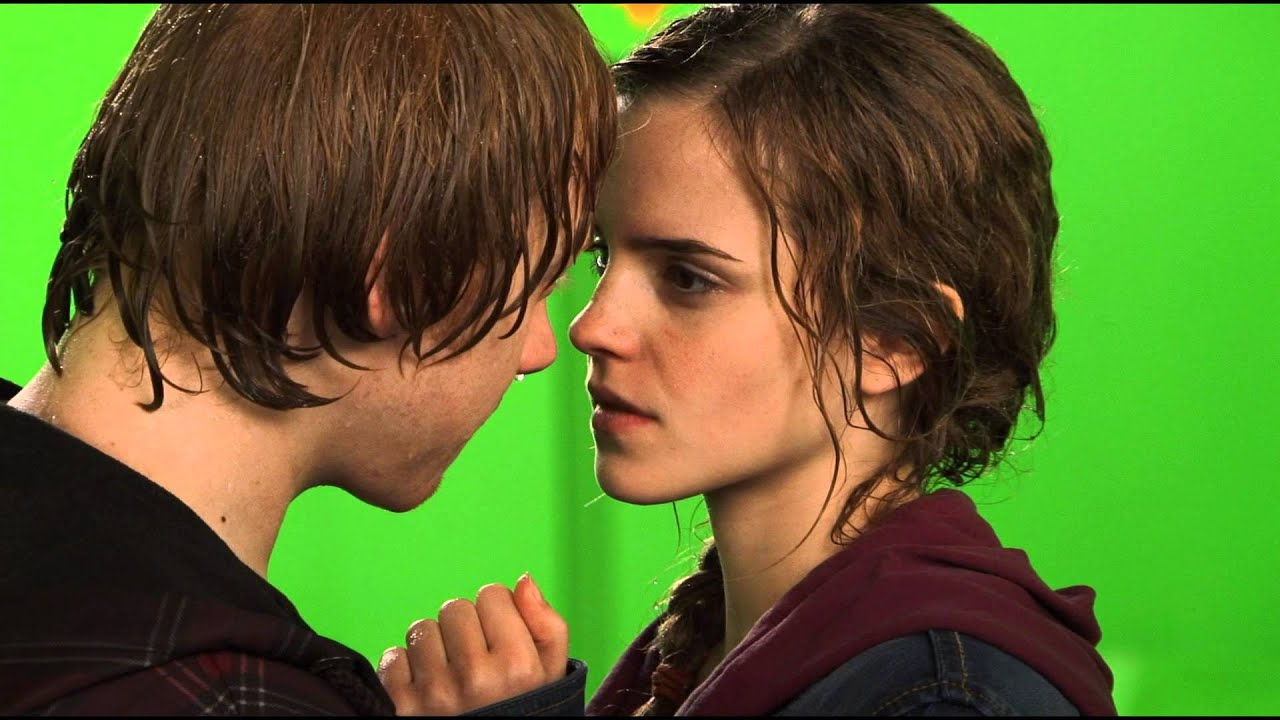 Ron and hermione bts kiss hp wizards collection youtube - Hermione granger and harry potter kiss ...