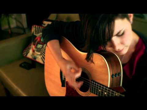 Kaylee Johnston - Green Couch Session