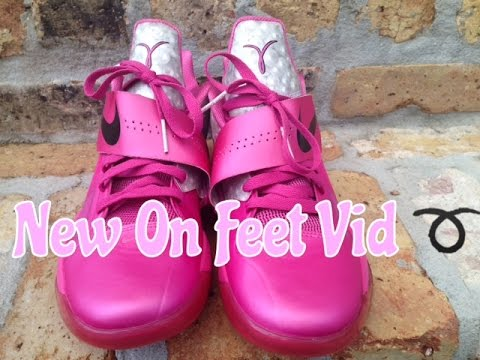 Kd 4 Aunt Pearl On Feet