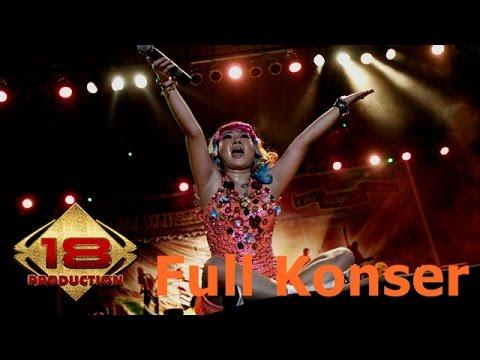 Keren..!! Tidak Hanya Modal Goyang Konser Jagad Ariani  Dengan Suara Khasnya