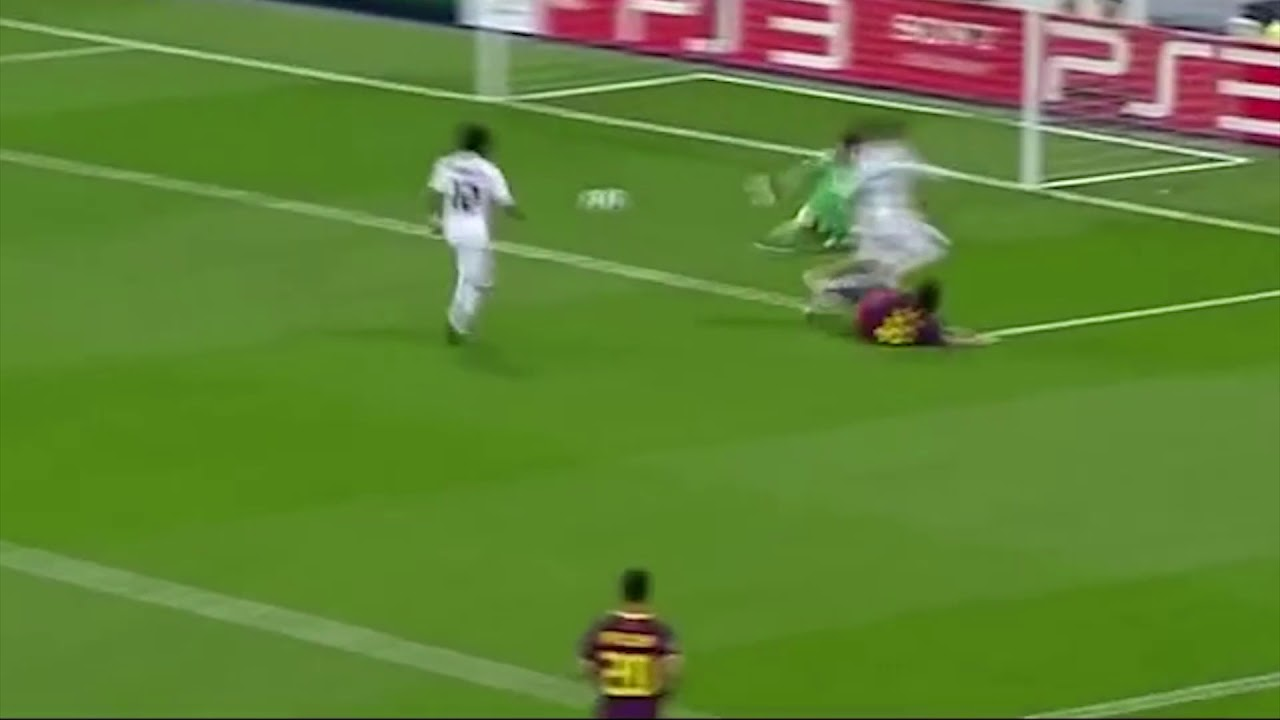 Messi Goal Vs Real Madrid Champions League 2011 Solo Run Youtube
