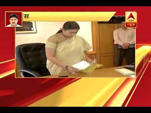 Smriti Irani gets I&B ministry, NS Tomar given urban development ministry