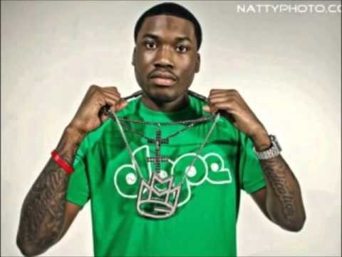 Meek Mill - Blowing Money Fast