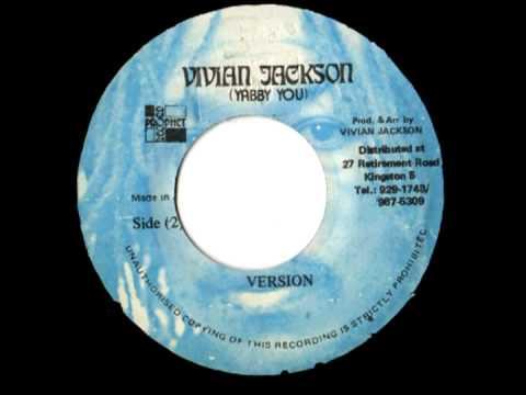 ERROL ALPHONSO - Chant Jah victory + version (1974 Vivian Jackson)