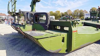 Bridge and Ferry System AMPHIBIOUS M3: Assembling on ground