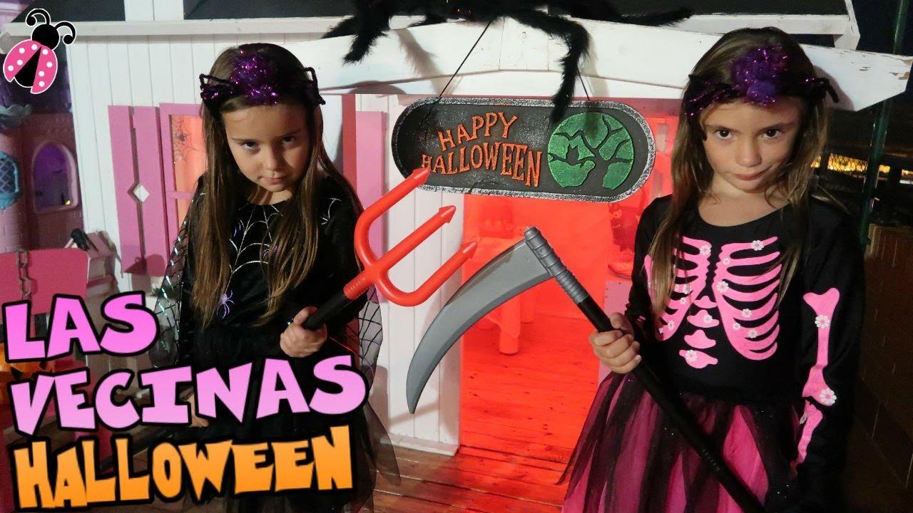 Las Vecinas Decoran Sus Casitas De Halloween Los Juguetes De Arantxa Youtube