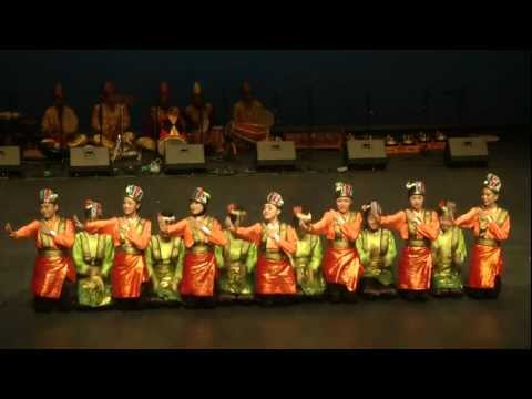 Indonesian folk dance: Saman dance