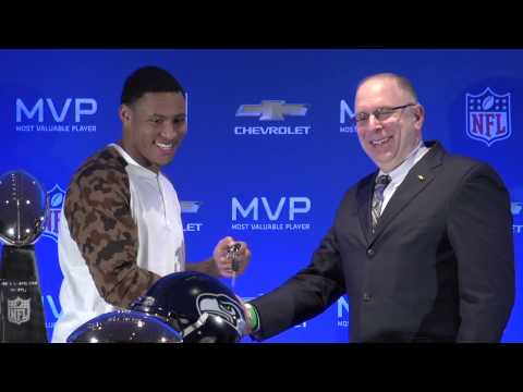 Malcom Smith Wins MVP Award for Super Bowl XLVIII - 2015 Chevrolet Silverado