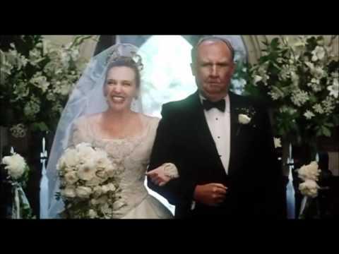 Muriels Wedding_Wedding Scene